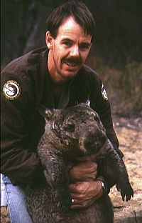 Dr. Alan Horsup and a northern hairy-nosed wombat